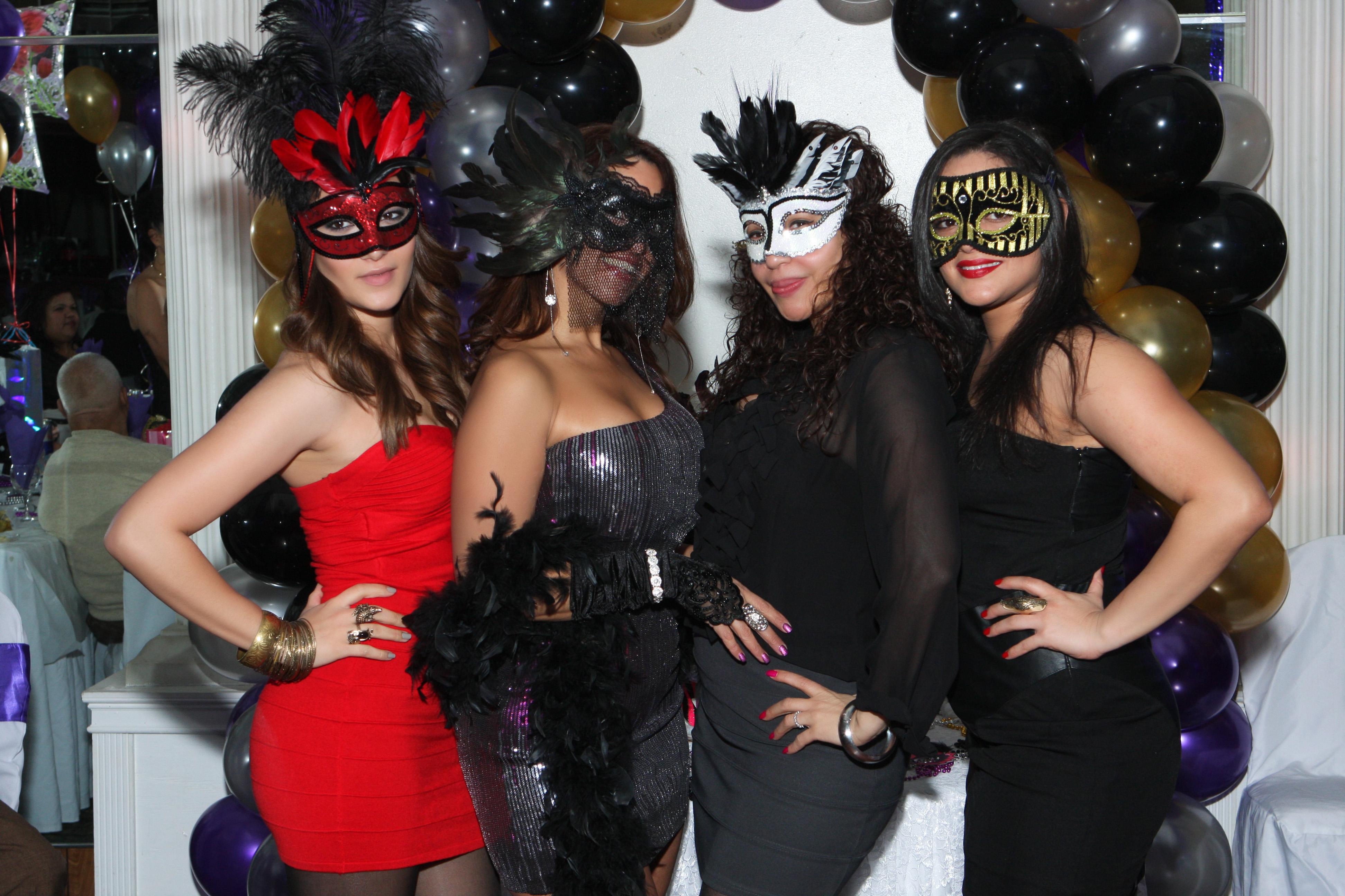 Masquerade Birthday Party Supplies - Party Supplies